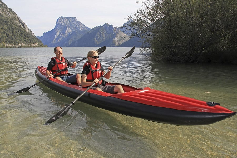 Best two person kayak: enjoy paddling in tandem