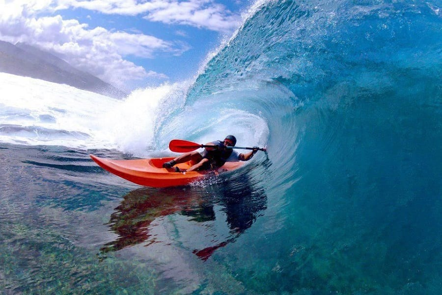 Surf Kayaking: Paddle Across The Ocean