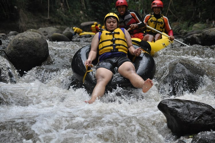 Comparison Between Tubing And Rafting