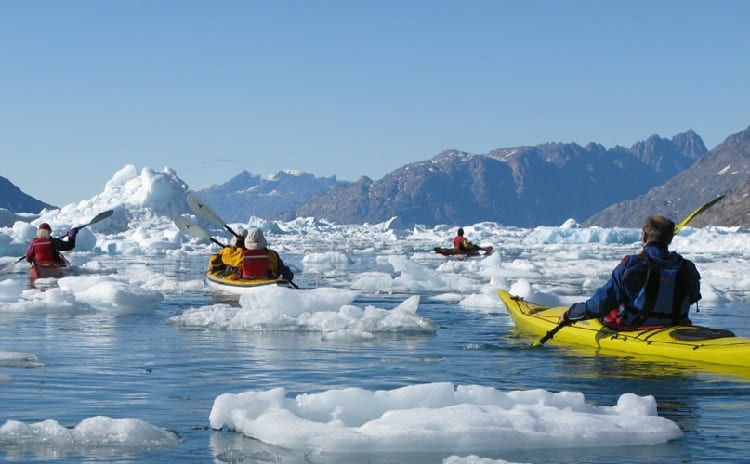 kayaking trough blocks of ice