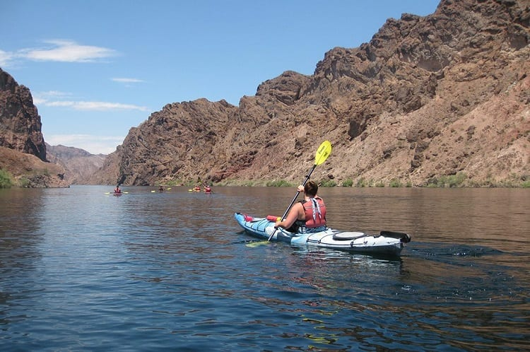 Tips For Kayaking The Colorado River